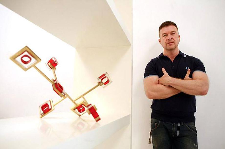 The Independent Gareth Devonald Smith
